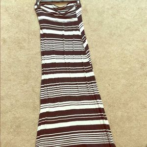 black and white striped maxi skirt!